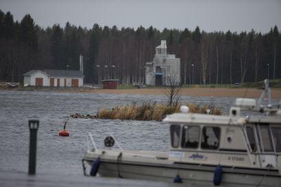 Edelleen sata taloutta ilman sähköjä Raahen seutukunnassa