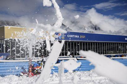 Sää sotki alppihiihdon MM-avauksen, kaksi kilpailua sai uuden kisapäivän