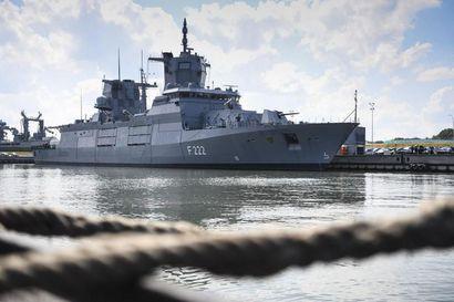 Rajavartiolaitos aloitti Raahen edustalla tapahtuneen epäillyn alueloukkauksen tutkinnan – saksalaisen sota-aluksen epäillään käyneen 0,35 meripeninkulmaa Suomen aluevesillä