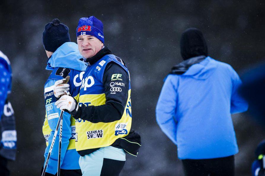 Matti Haaviston sopimus Suomen hiihtomaajoukkueen kanssa on katkolla.