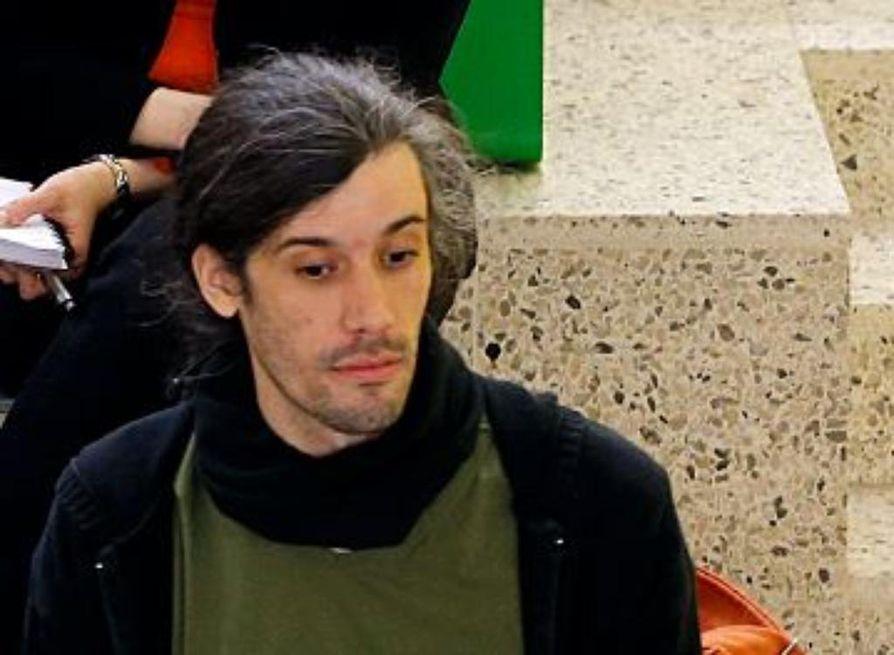 Junes Lokka tuomittiin niskottelusta poliisia vastaan.