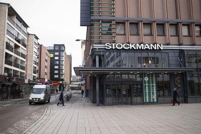 Stockmann hakeutuu yrityssaneeraukseen – koronavirusepidemia romahdutti asiakasmäärät