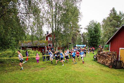 Johanna Peiponen ja Juho Latvala voittoihin Matin maastoissa