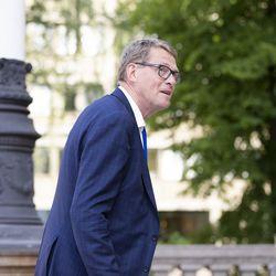 Valtiovarainministeri Vanhanen HS:lle: Hallitusohjelman kirjaus 30 000 uudesta työllisestä on voimassa