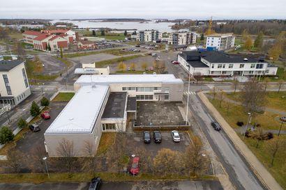 Laajennus viivästyy –Raahen seurakuntakeskuksen uusi osa ehtii valmistua aikaisintaan jouluksi 2022