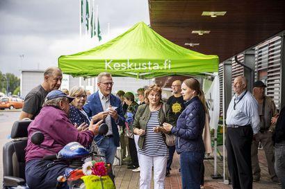 """Katri Kulmunin mielestä Länsi-Pohjan keskussairaalan asema on turvattava lailla – """"Nyt palvelut tuottaa Mehiläinen ja minä teen töitä sen puolesta"""""""