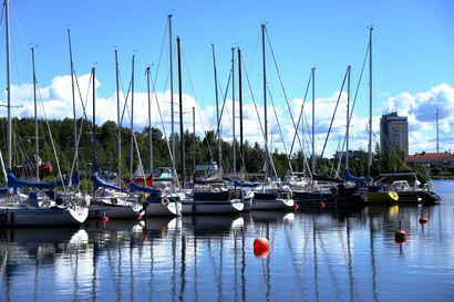 Purjevenettä ja kahta henkilöä etsittiin tiistaina merellä Oulun edustalla – löytyivät Hailuodon Marjaniemestä