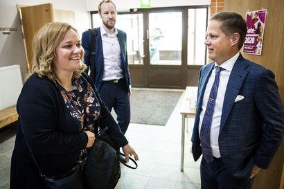 Länsi-Pohjan ulkoistus on soten vastainen, mutta sote-palvelut kuten synnytys pyritään alueella säilyttämään – Ministeri Krista Kiuru (sd.) esitteli sote-uudistusta Rovaniemellä maanantaina