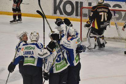 Tiainen räjäytti hallin – Pallo-Karhut punnersi jatkoaikavoittoon playoff-avauksessa