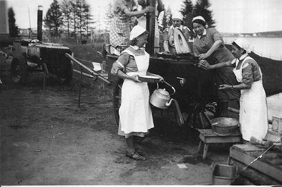 Maailman suurimmasta naisten vapaaehtoisesta maanpuolustusjärjestöstä kasvoi yhteiskunnallinen vaikuttaja – Lotta Svärdin perustamisesta tänä vuonna 100 vuotta