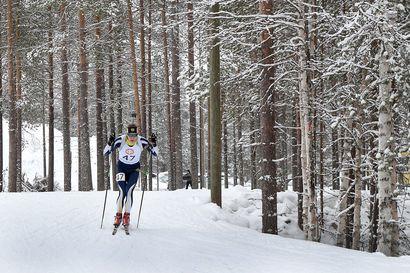 """Ampumahiihtäjä Aapo Erkkilän hiihtovauhti hukassa: """"Ei urheilu kiinnostanut, se oli oikeastaan vihoviimeinen asia, mikä kiinnosti."""""""