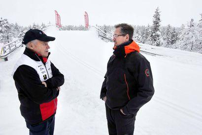 Latu kestää nyt hiihtoa Saariselällä, luonnonlumi auttaa tykittäjiä