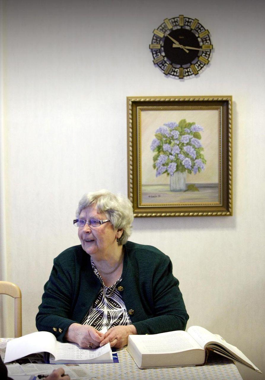 Sukututkimusta harrastava Alli Kautio ehdottaa, että Ouluun voisi perustaa oululaisten Sursillin jälkeläisten sukuseura.