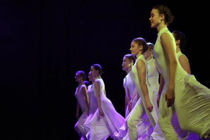 Kaleva Live: Arktiset Askeleet huipentui loppunäytökseen – katso valtakunnallisen tanssikatselmuksen päätöspäivä tallenteena täältä