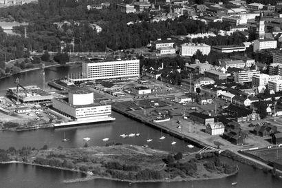Vanha Kaleva: Suurhotelli rakenteille Oulun kauppatorin kupeeseen