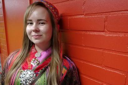 Ohcanáigi oahpaheaddji pedagogalaš oahpuide lea álgán - Vuosttaš geardde oahpuin sámi perspektiiva