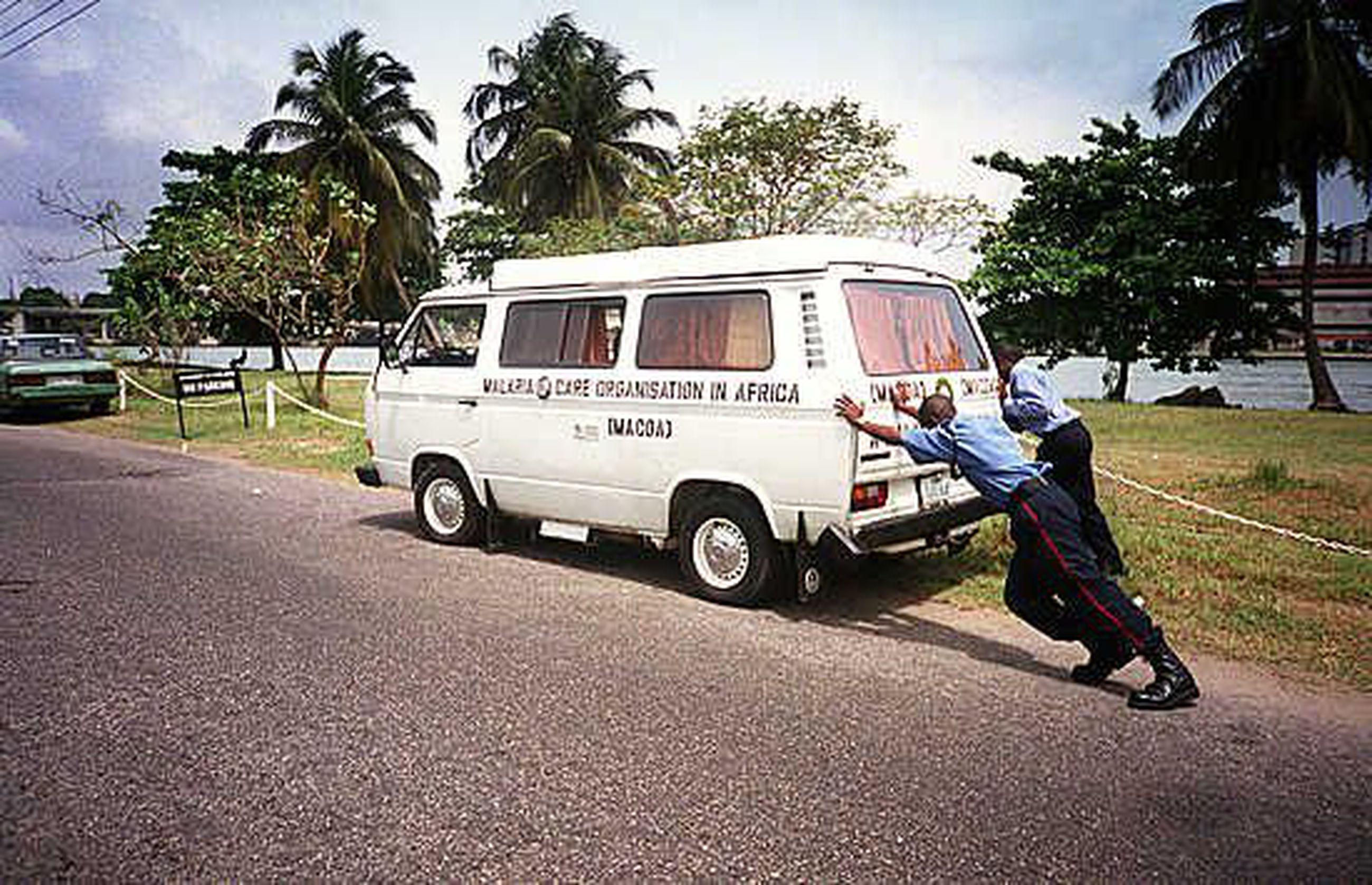 Toyota Afrikkaan Hinta