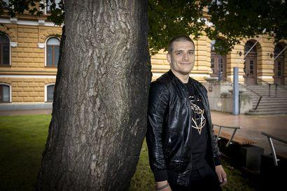 """""""Mielenterveyspalveluiden jonot täytyy purkaa. Aion ajaa lähetteettömän psykiatrian mallia Ouluun"""", sanoo uusi kaupunginvaltuutettu Paavo Koho"""