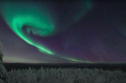 Ikimuistoinen kokemus Syötteen yöllisen taivaan alla – katso videoteoksesta, kuinka tähdet ja revontulet luovat lumoavan tunnelman