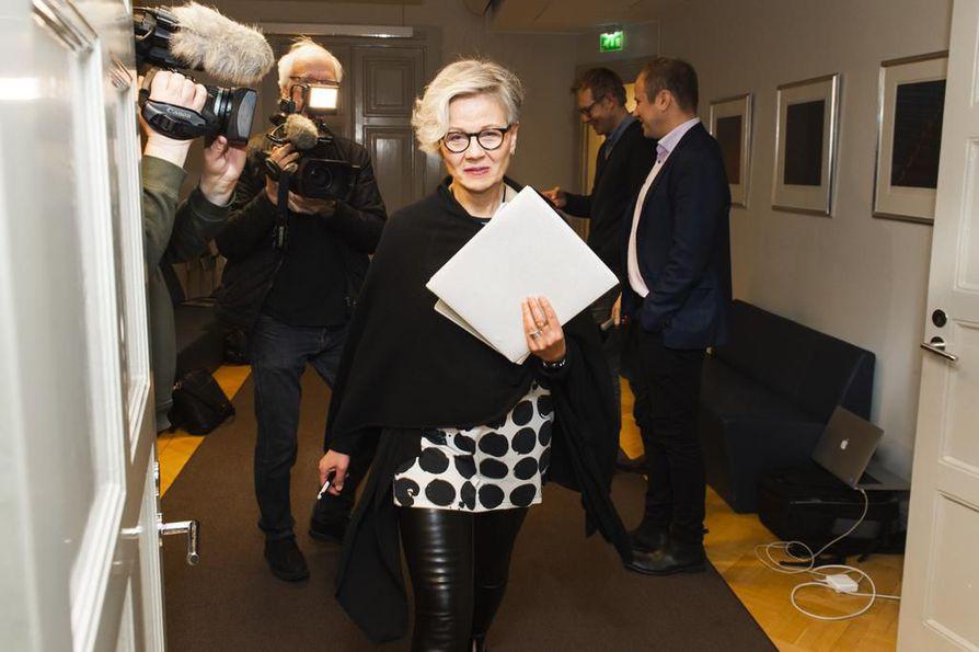 Uutta neuvotteluajankohtaa ei ole tiedossa Teollisuusliiton ja Teknologiateollisuuden välisessä kiistassa, valtakunnansovittelija Vuokko Piekkala kertoi STT:lle.