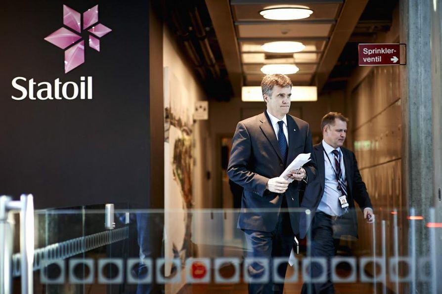 Statoilin johtaja Helge Lund (vasemmalla) kertoi tilanteen olevan sekava.