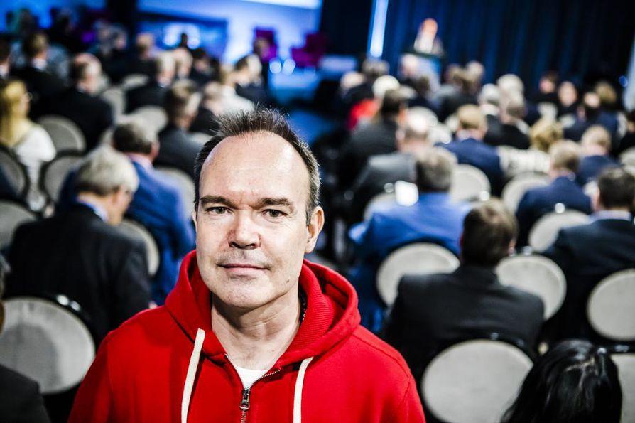 Liikemies Peter Vesterbacka sanoo, että Suomen ja Viron välinen rautatietunneli on tavoitteena saada avattua liikenteelle vuonna 2024. Rakentaminen vie hänen mukaansa noin kaksi vuotta.