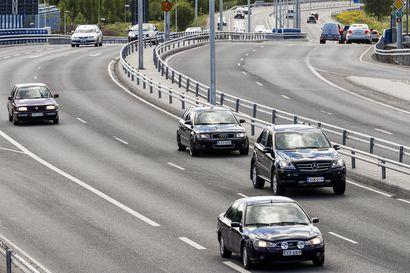 Leveä erikoiskuljetus matkalla Sodankylään – Nelostien liikenne pysäytetään ajoittain