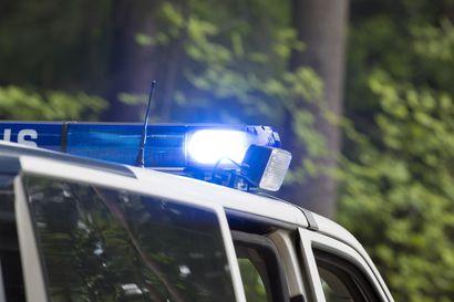 Kaahailijat ja tuunatut ajoneuvot pitivät Oulun poliisin viikonlopun varsin työntäytteisenä