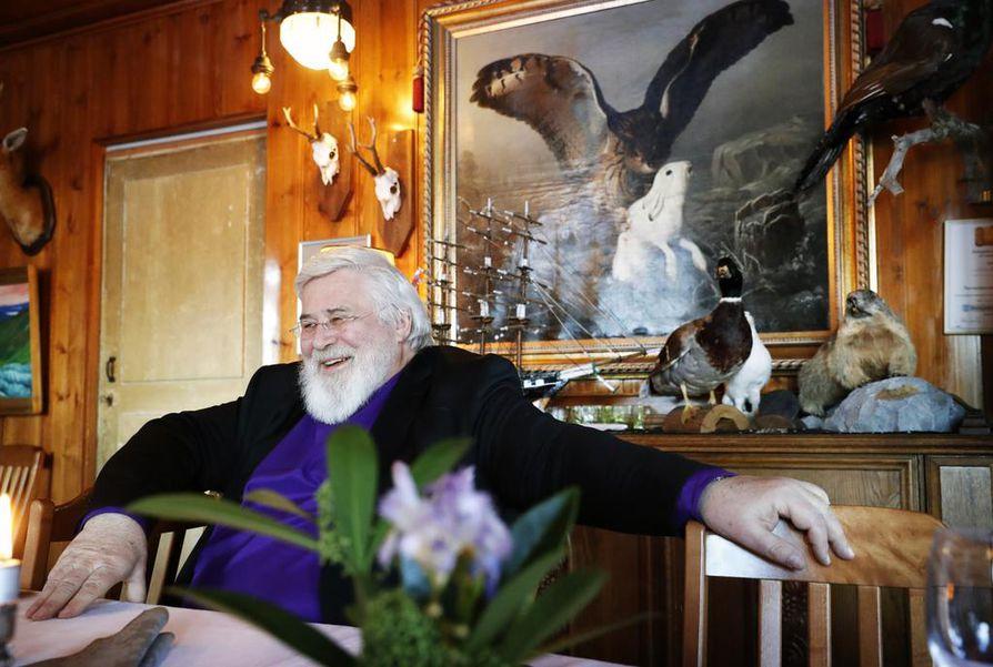 Arkkipiispa Leo on aktiivisesti mukana Karjalan kielen seuran toiminnassa. Hän on tällä hetkellä myös seuran puheenjohtaja.