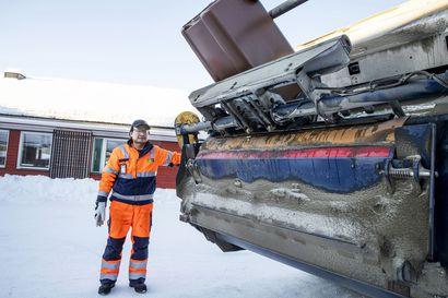 Matkailukeskusten biojätteet kierrätetään nyt osassa Lappia – tammikuusta kiertänyt jäteauto on noukkinut mukaansa lähes 80 000 kiloa yritysten biojätettä