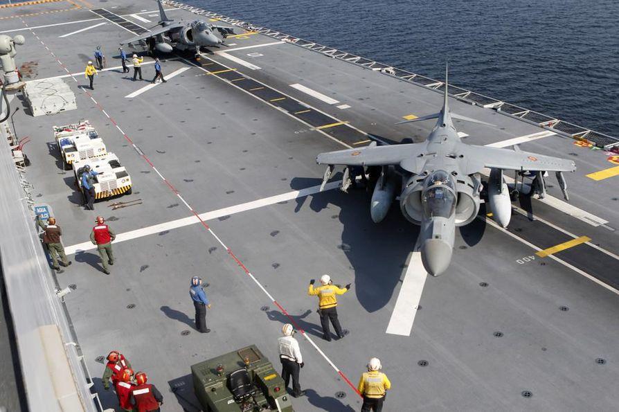 Espanjan Navy AV-8B Harrier -hävittäjät kuvattiin viime viikolla Naton vuosittaisessa 18 maan Baltops-sotaharjoituksessa Latviassa. Suomen ilmapuolustusjärjestelmä ei ole Nato-yhteensopiva.