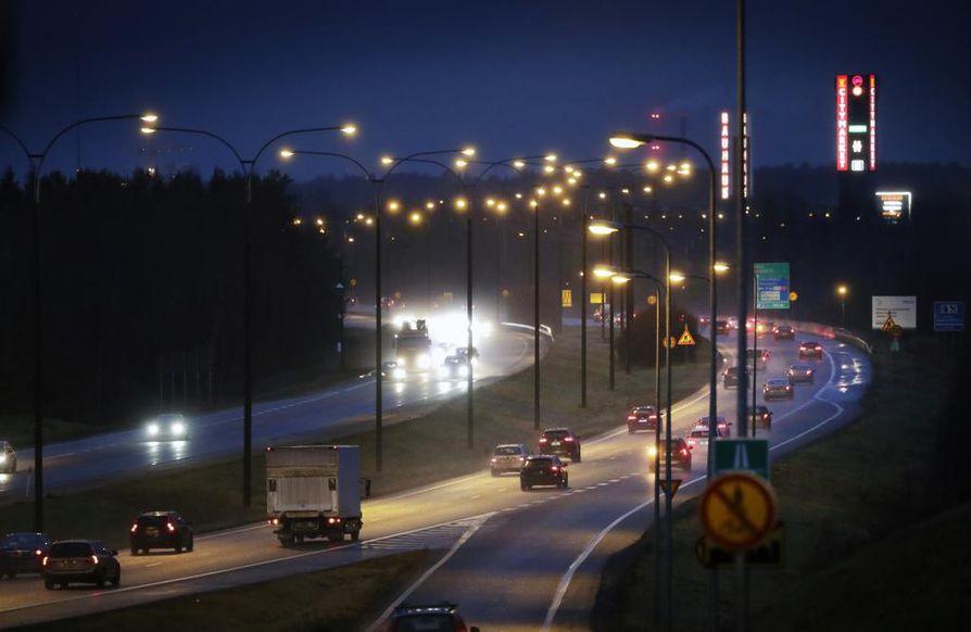 Pohjantien nopeusrajoitusta voidaan muuttaa kelin ja liikennemäärien.
