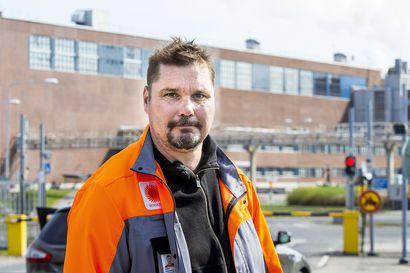 Veitsiluodon pääluottamusmies Mikko Alamommo sanoo, että työntekijöitä ei yt-neuvotteluissa juuri kuultu