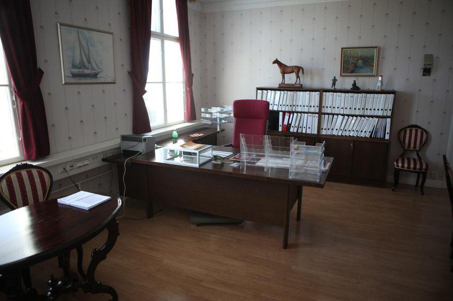 Raahen kaupunginjohtajan työpöydän taakse haetaan uutta isäntää.