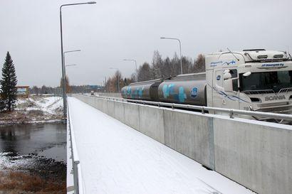 Ennakoitavissa liikennehaittaa – Iijoen silta jälleen remonttiin tammikuussa