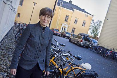 Kaupunki aikoo tehdä kaikkensa, jotta Oulun yliopistosta valmistuvat psykologit jäisivät töihin työvoimavajauksesta kärsivälle alueelle – Oulussa psykologipula on ollut jatkuvaa