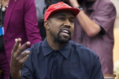 Aborttia ja pornoa vastaan – Kanye West aloitti presidentinvaalikampanjansa kyynelehtien