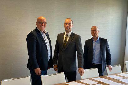 Pudasjärven Tolpanvaaran tuulivoimapuiston kauppa sinetöity – rakentaminen alkaa ensi vuonna ja lavat pyörivät 2023