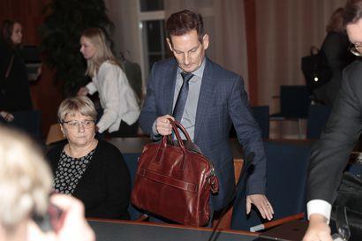 Alma Median toimitusjohtaja Kai Telanne kiisti kysyneensä Anttikosken perheestä työhaastattelussa – Syyttäjä vaatii työsyrjinnästä sakkorangaistusta