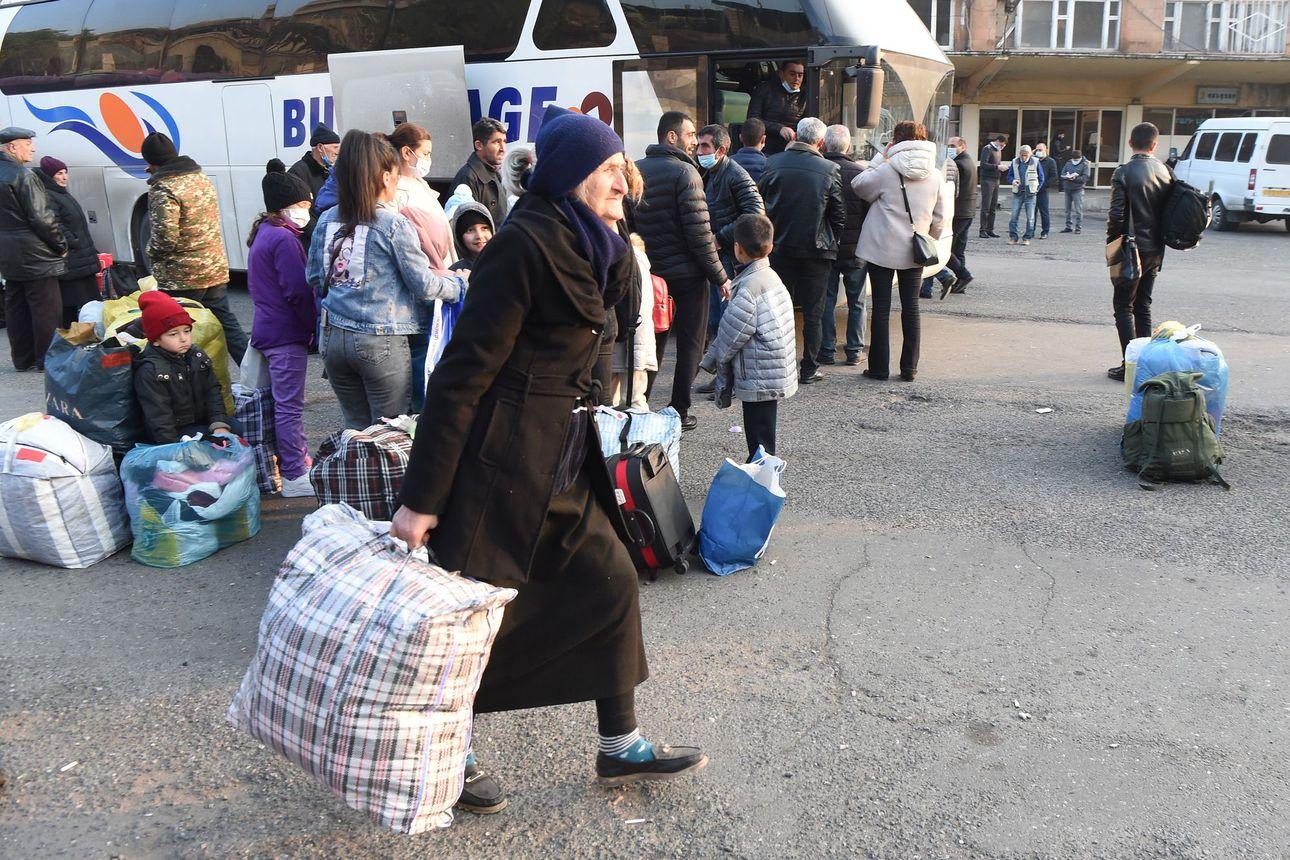 """Etniset armenialaiset joutuivat pakosalle Vuoristo-Karabahissa – """"Koko sodan tarkoitus oli välttää tämä tilanne"""""""