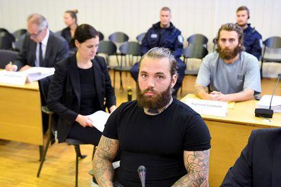 Poliisiampumisista syytetyille ruotsalaisveljeksille 15 vuotta vankeutta – syyllistyivät oikeuden mukaan muun muassa useisiin murhan yrityksiin