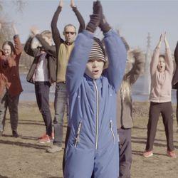 Hupisaarten taimen kansainvälisen laulukilpailun tähtenä – videolla esiintyvät oululaiset lapset ja nuoret