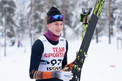 Torniolaishiihtäjä Niko Anttola, 17, lunasti Vuokatissa katsastusvoitoilla paikan nuorten MM-joukkueeseen