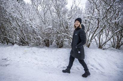 """Oululainen Hanna Sarkkinen valmistautuu jo kesällä alkavaan sosiaali- ja terveysministerin työhönsä: """"Odotan sitä tosi innokkaasti"""""""