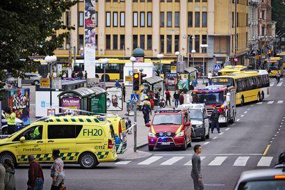 Terrorismin torjuntaan tarvitaan turvallisuusviranomaisia mutta myös vihan ja katkeruuden juurisyiden poistoa