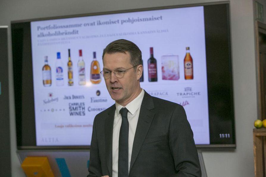 Altian toimitusjohtaja Pekka Tennilä kertoi viinayhtiön pörssiin menosta helmikuussa.