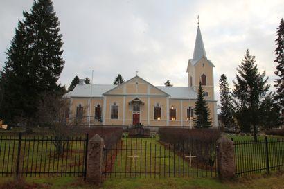 Tyrnävän remontoitu kirkko otetaan käyttöön piispanmessulla – ehtoollista jaetaan tunnin ajan messun jälkeen