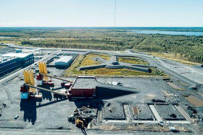 Fennovoima: Ydinvoimalan aikataulusta pidetään kiinni, vaikka osa paperisodasta on sujunut odotettua hitaammin