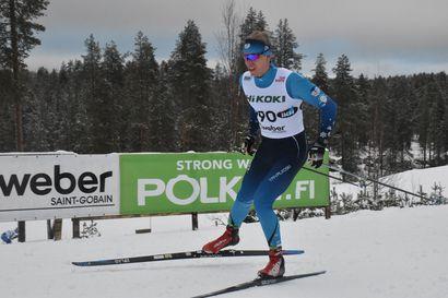 """Yli-Iin kasvatti Oskari Hökkä säväytti SM-hiihtojen 50 kilometrillä, Rukan Suomen cupiin hän saapuu rääkistä palautuneena – """"Viime viikolla tuntui aika pitkään, että oli tullut tehtyä jotakin"""""""