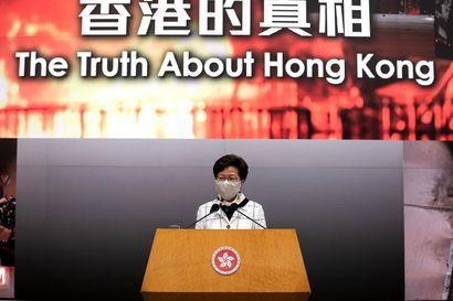 Hongkongia nimellisesti johtava Carrie Lam tekee mitä Kiina käskee